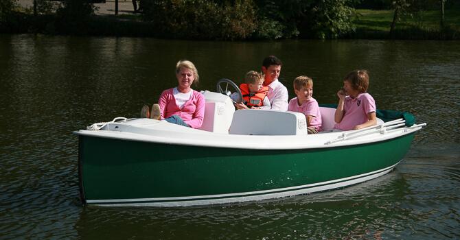 Photo du bateau sans permis Ruban Bleu ACE