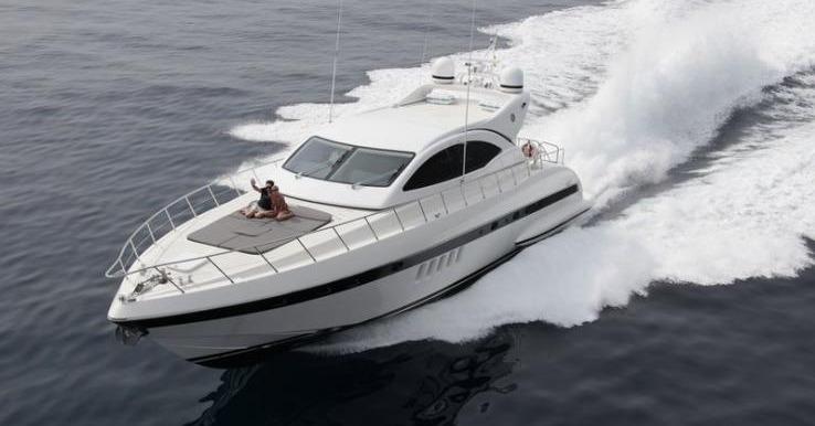 Location OVERMARINE Mangusta 72 à Golfe-Juan   www.systemboat.com