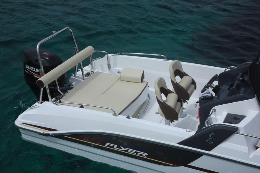 Photo du bateau à moteur BENETEAU Flyer 7 SUNdeck