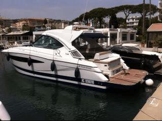 Photo du yacht Four Winns V 408