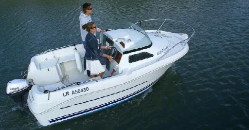 speednautic location de bateaux moteur la rochelle. Black Bedroom Furniture Sets. Home Design Ideas